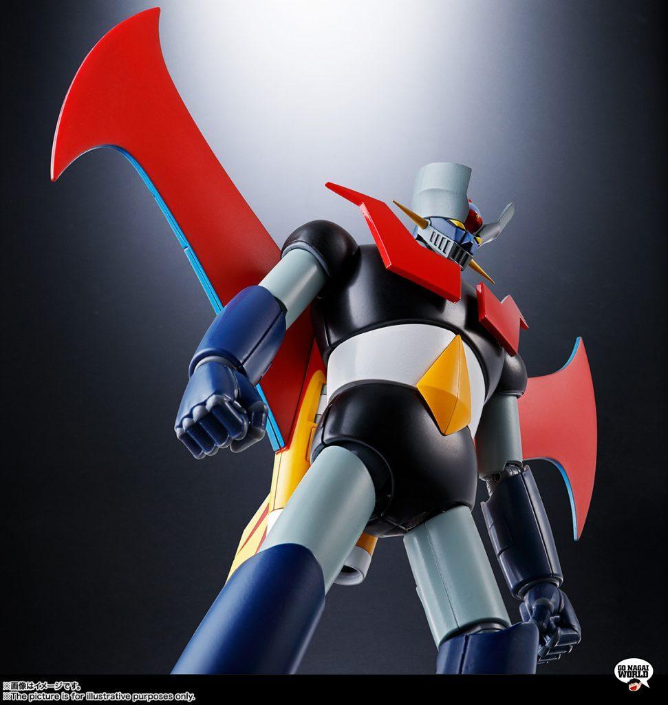 Le immagini del GX-70SP Mazinger Z Dynamic Classics di Bandai.