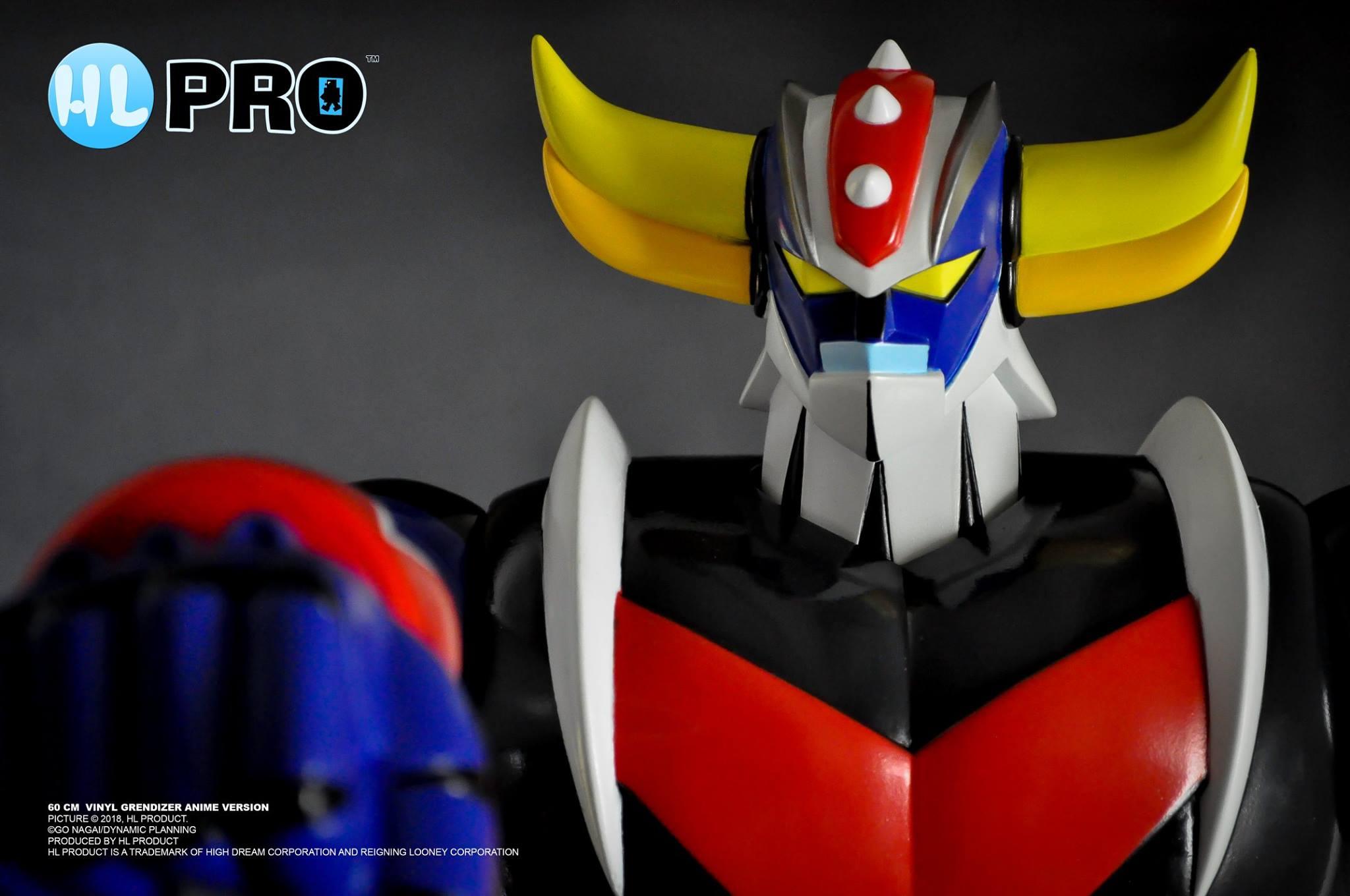 Primo piano per il modello UFO Robot Grendizer Vinyl Figure di HL PRO.